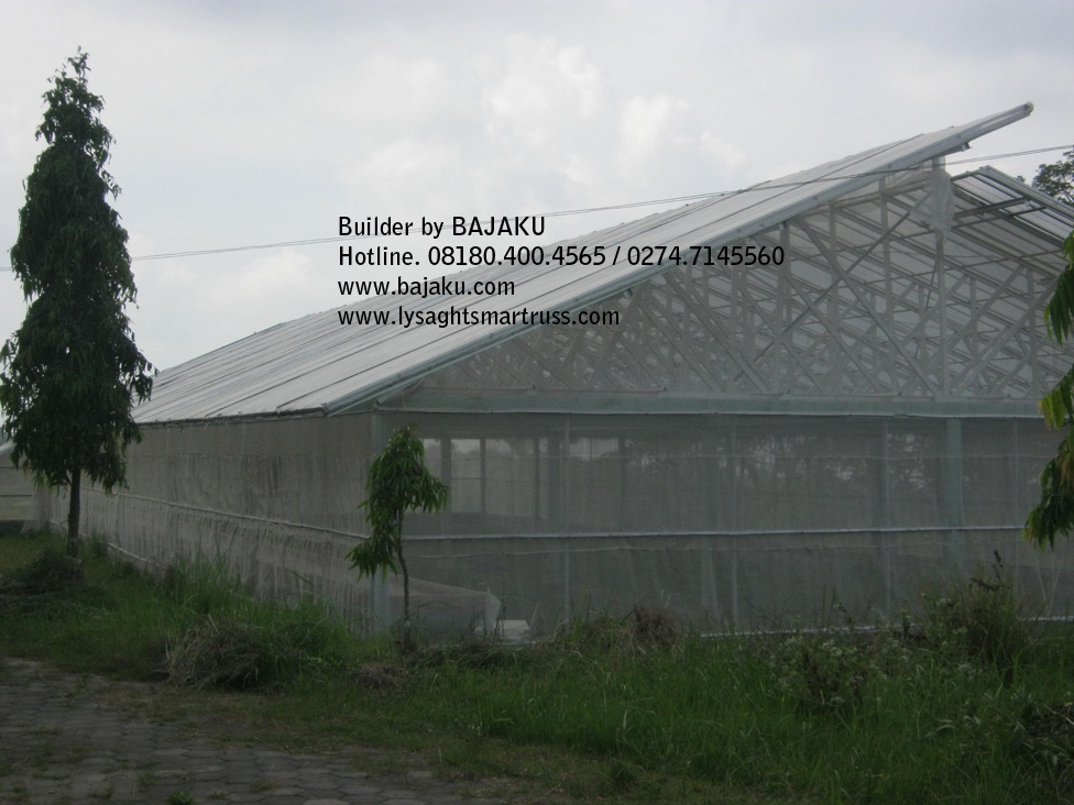 Baja Ringan Greenhouse Indmira by BAJAKU: Indmira Citra Pertanian Nusantara