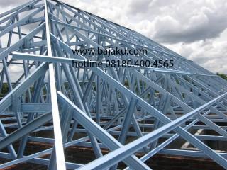 Baja Ringan Konstruksi Rangka Atap oleh BAJAKU Rumah Tinggal di Sleman
