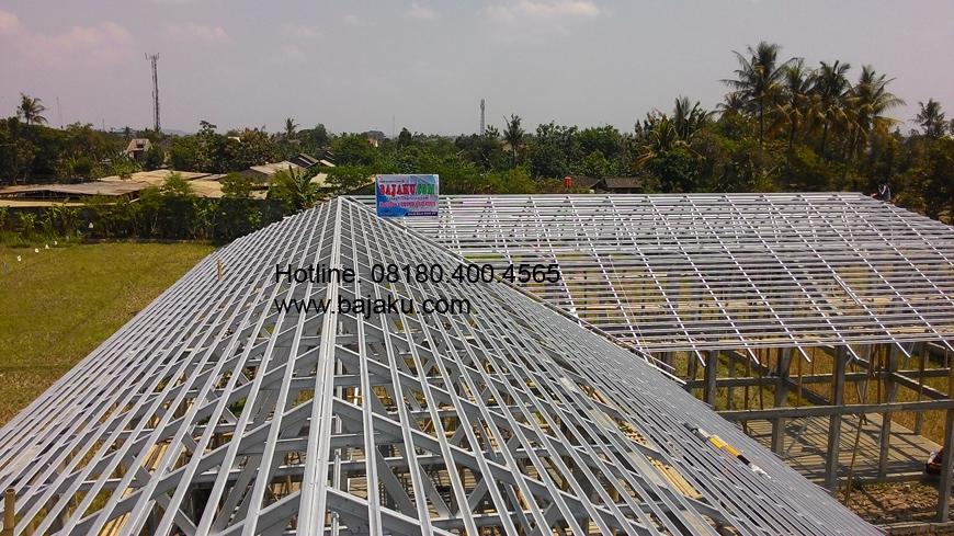 Atap Baja Ringan Proyek Ponpes Ar Ridho di Bantul Yogyakarta